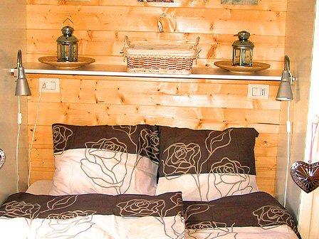 Vienna, luxe chalet van Bella Villetta op Camping International Porlezza