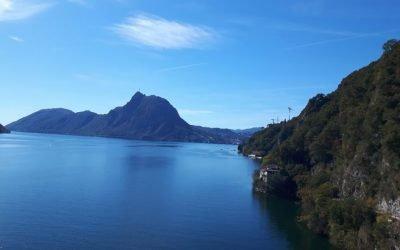Wandelen langs de oevers van het Lugano meer