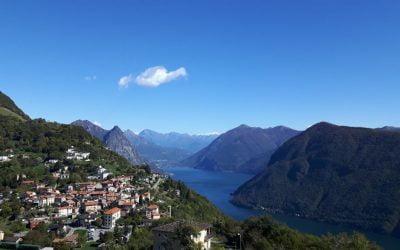 Vergezichten over het Lugano meer vanaf de Monte Bré